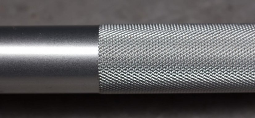 grip detail technique bar