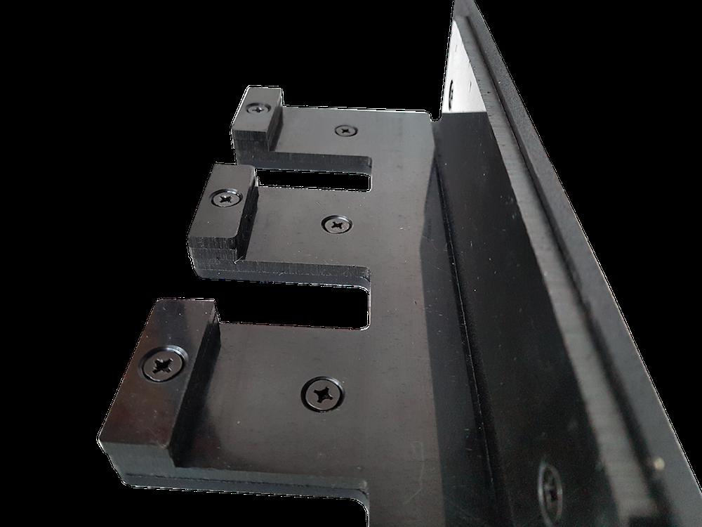 Vertical bar hanger - oplastování